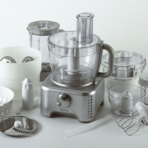 Kenwood Food Processor and Blender FP586