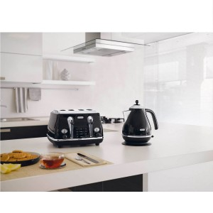 DeLonghi Icona Retro 4 Slice Toaster Black CTO4003.BK