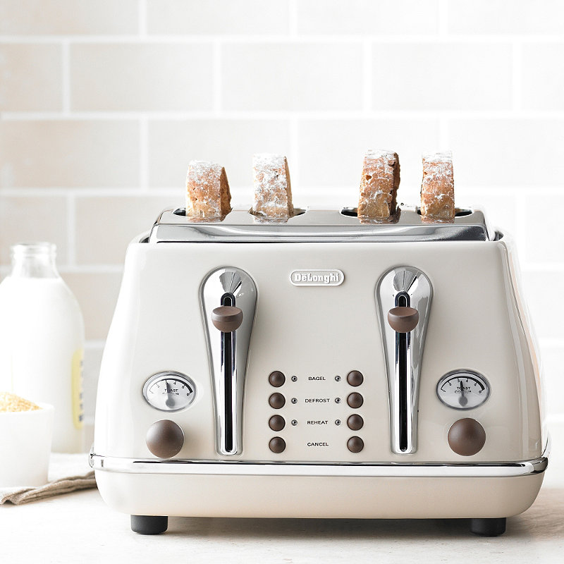 delonghi icona vintage kettle toaster set cream kbov3001bg ctov4003bg retro set beige. Black Bedroom Furniture Sets. Home Design Ideas