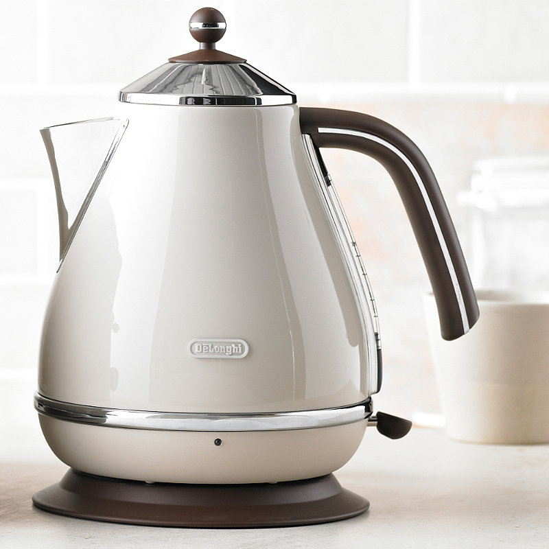 Food Electric Kettles ~ Delonghi kbov bg icona vinatge cream kettle l kw