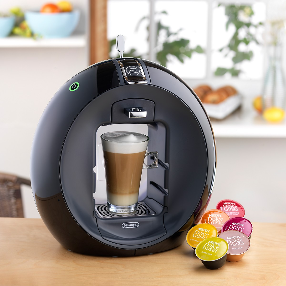delonghi circolo nescafe dolce gusto edg605b multi drinks pod machine black around the clock. Black Bedroom Furniture Sets. Home Design Ideas